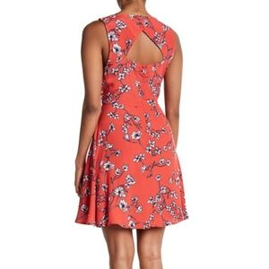 cupcakes and cashmere Sweeney Floral Cutout Dress
